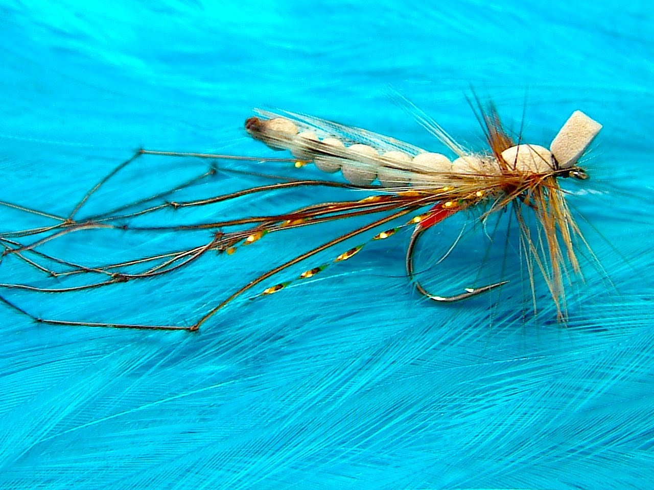 [Video] How to Make Knotted Pheasant Tail Legs